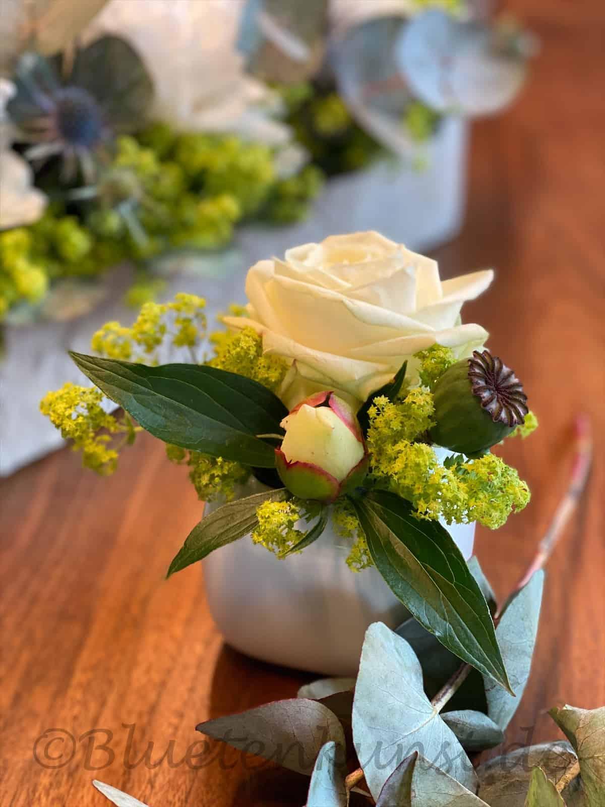 Tischdeko für Hochzeit weiß in Pfaffenhofen