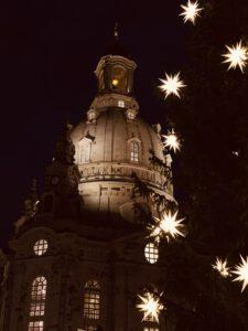 Weihnachtsdeko 2021 - Frauenkirche Dresden im Advent mit Herrnhuter Stern
