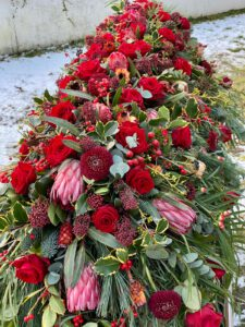 f9d59820 7f32 4e1c b88d 1fc5760df7f0 Gartenglück & Blütenkunst