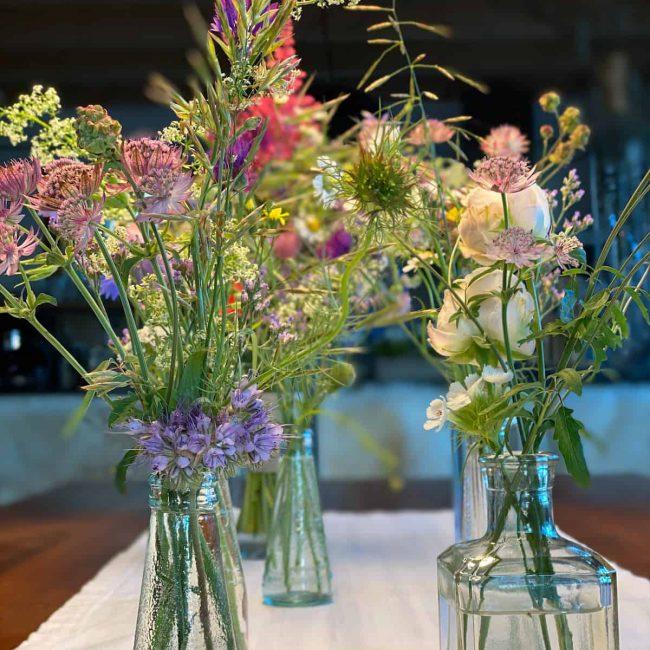 Tischdekoration Wiesenlumen für Geburtstag Taufe und Hochzeit